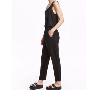 H&M sleeveless jumpsuit with pockets  •M•